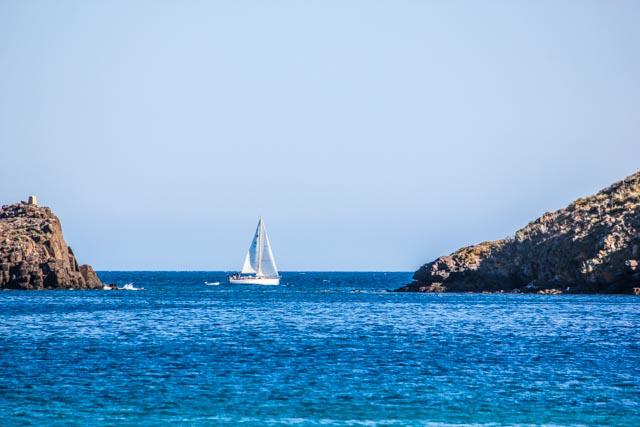 Segelboot-Sailing-Magic-Carpet-Sardinien