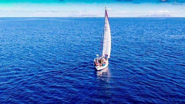 Segelboot-meer-ägadischen-inseln